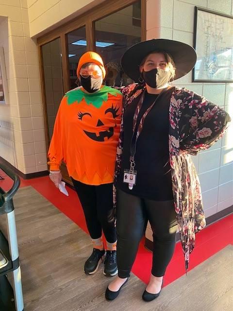 Cafeteria Staff Member Dresses as Great Pumpkin